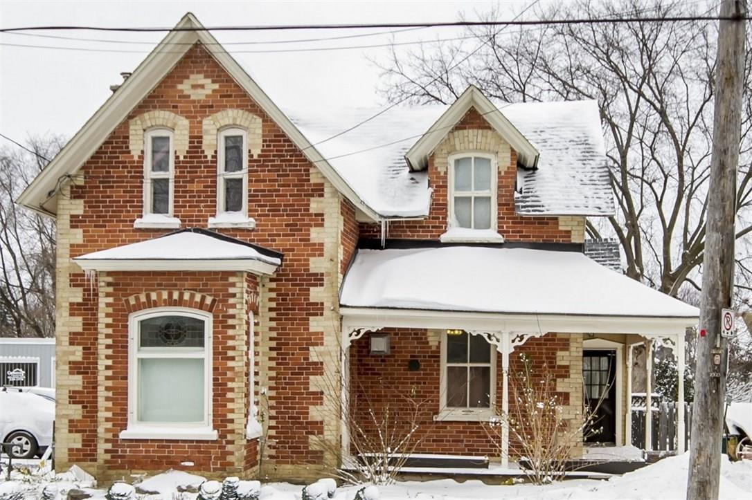 2323 Roger Stevens Drive, North Gower, Ontario K0A2T0