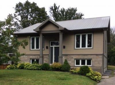 Photo of 1095 Morin Road, Cumberland, Ontario K4C1A5