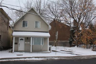 Photo of 169 Greenfield Avenue, Ottawa, Ontario K1S0X8