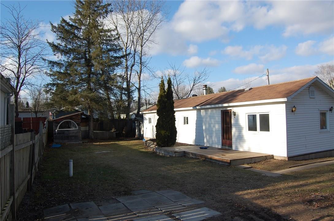 8250 County 17 Road Unit#706, Rockland, Ontario K4K1K7