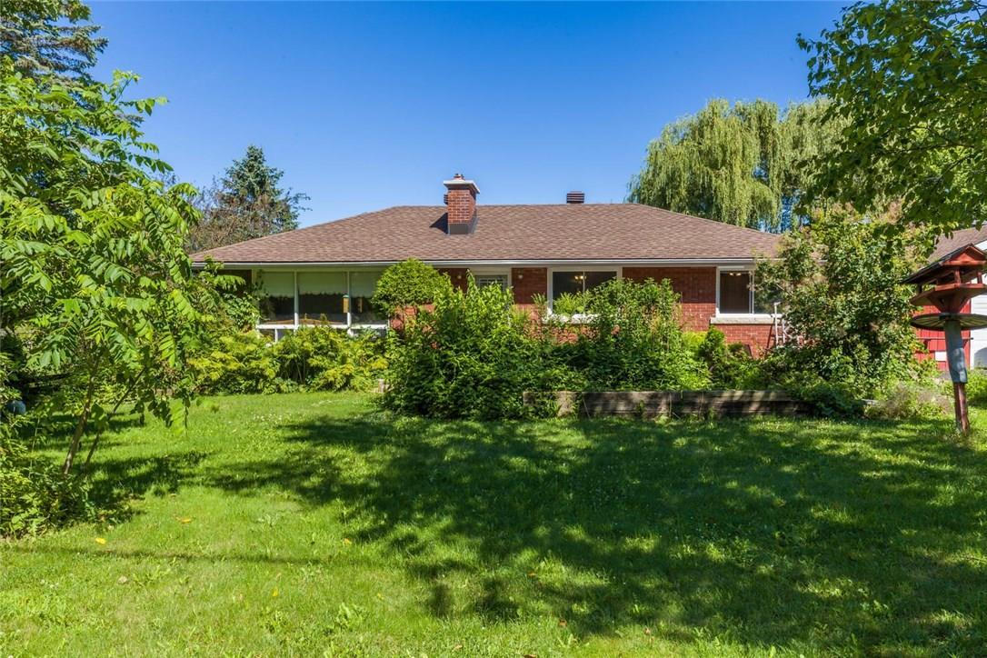 1705 Old Montreal Road, Cumberland, Ontario K4C1G7