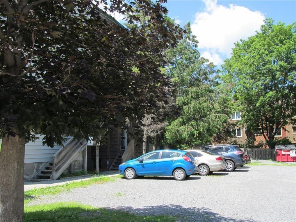 281 St Andrew Street, Ottawa, Ontario K1N5G8