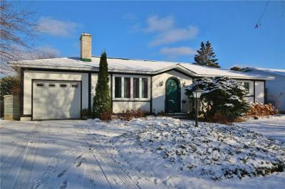 Photo of 9 Roberta Crescent, Ottawa, Ontario K2J1E7