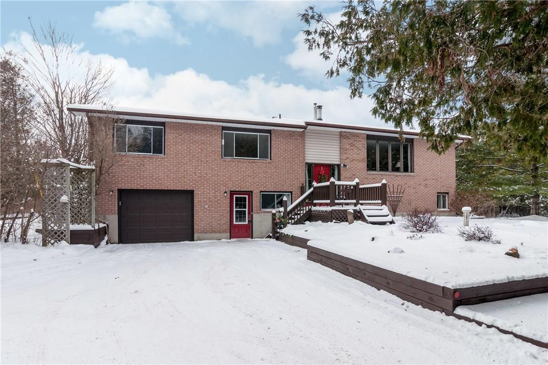 297 Cuckoo's Nest Road, Smiths Falls, Ontario K7A4S7