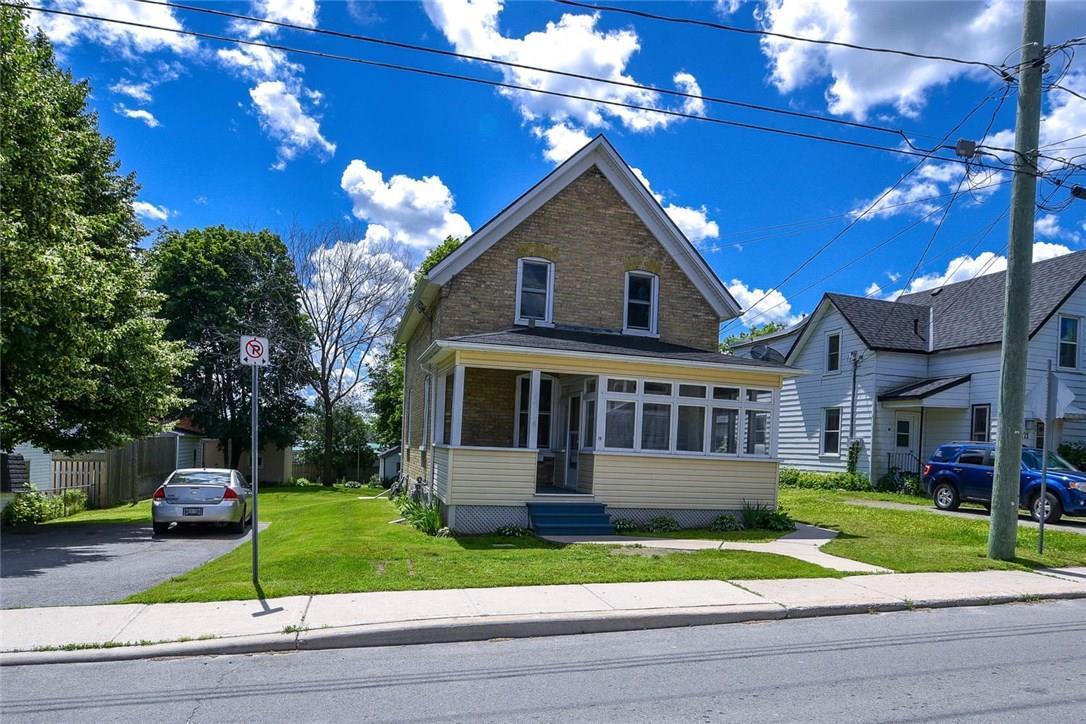 19 Strathcona Street, Smiths Falls, Ontario K7A1V8