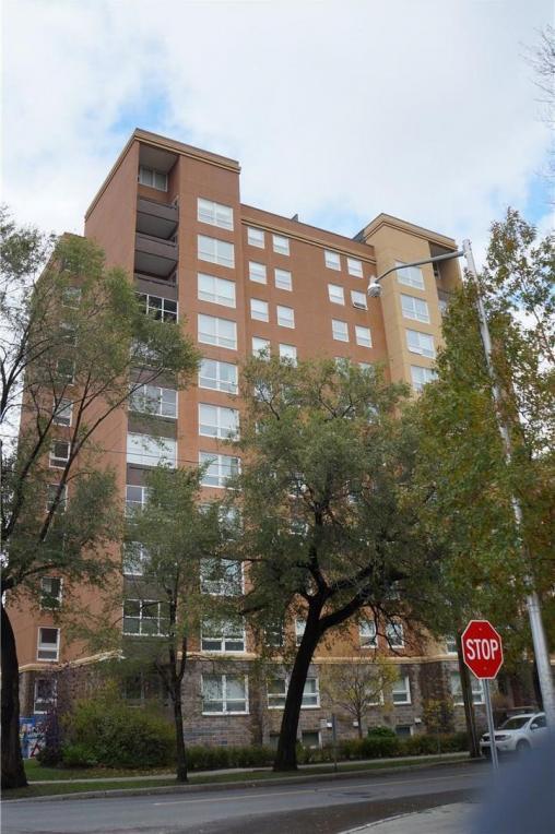 373 Laurier E Avenue Unit#206, Ottawa, Ontario K1N8X6
