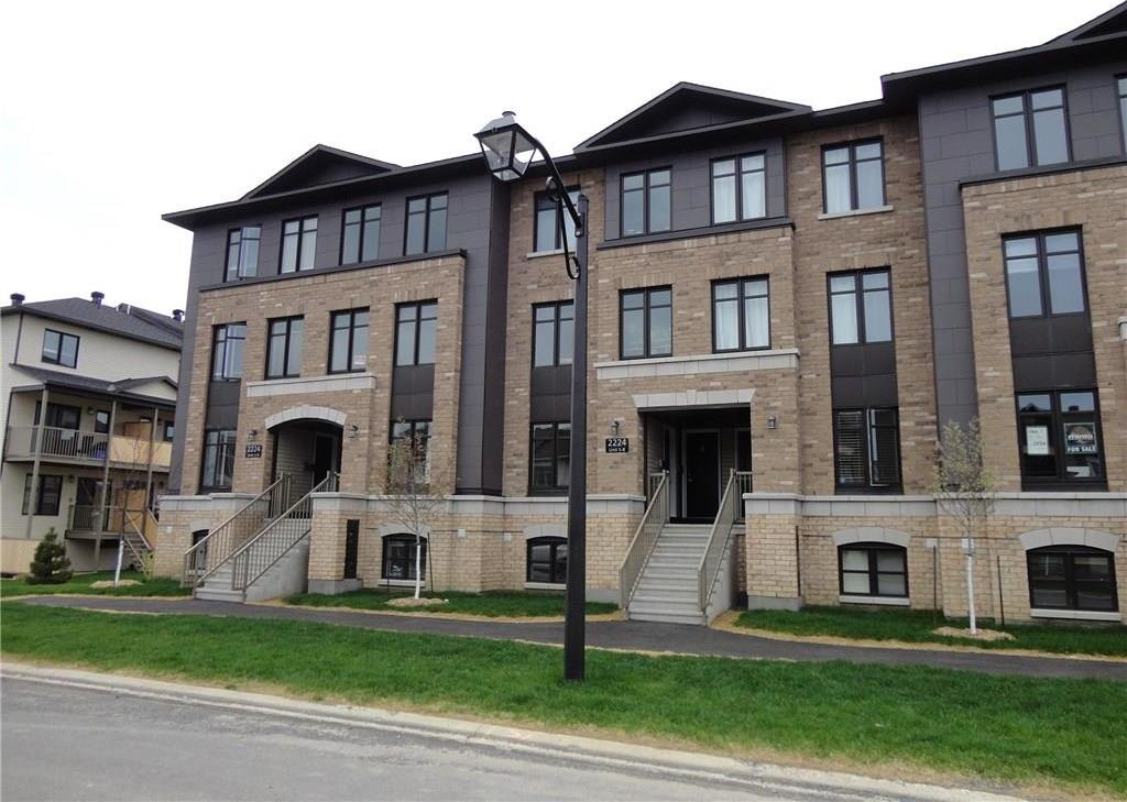 2224 Marble Crescent Unit#8, Rockland, Ontario K4K0G9