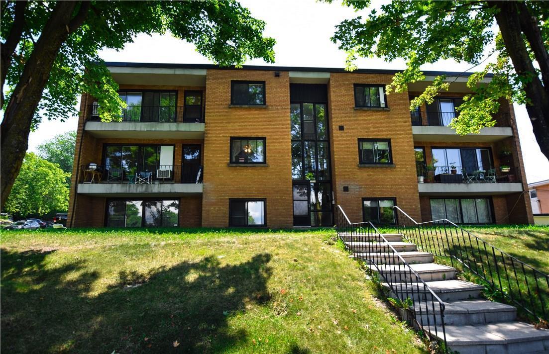 1028 Meadow Park Place Unit#4, Ottawa, Ontario K1K0M6