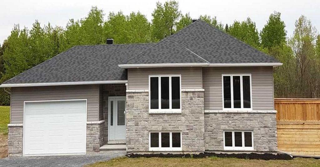 18983 Kenyon Concession Rd 1 Road, Apple Hill, Ontario K0C1B0