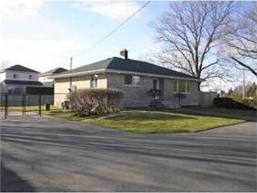 2900 Jockvale Road, Ottawa, Ontario K2J4J5