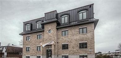 2744 Innes Road Unit#402, Ottawa, Ontario K1B4K4