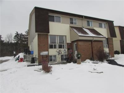 Photo of 21 Forester Crescent Unit#d, Ottawa, Ontario K2H8Y1