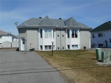 745 Nelson Street, Hawkesbury, Ontario K6A3T9