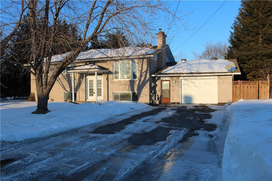 570 County Road 9 Road, Plantagenet, Ontario K0B1L0