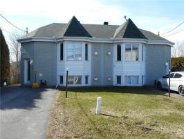 252 Longueuil Street, L'orignal, Ontario K0B1K0