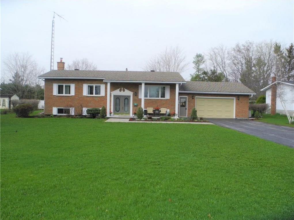 47 Queen Street, Crysler, Ontario K0A1R0
