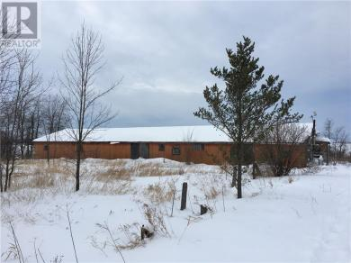 22275 Laggan-glenelg Road, Dalkeith, Ontario K0B1E0