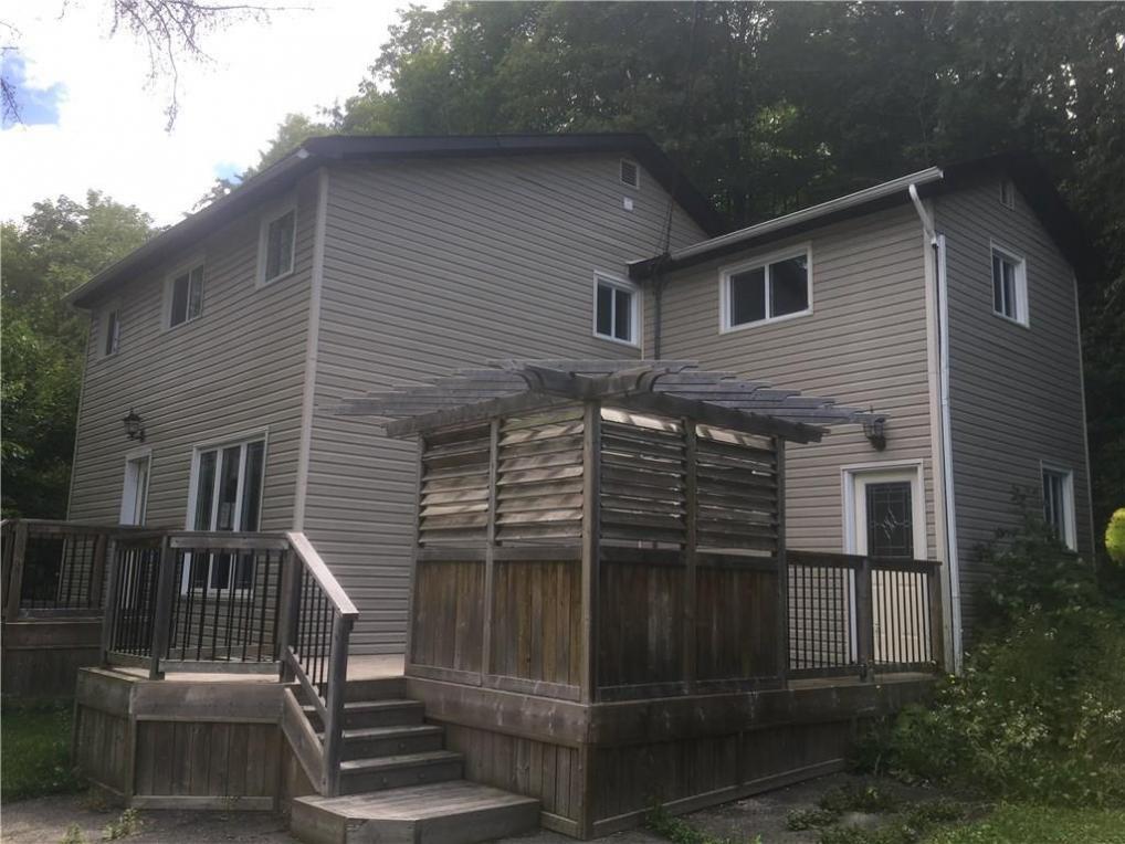 2462 Old Montreal Road, Cumberland, Ontario K4C1G6