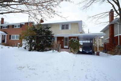 Photo of 621 Windermere Avenue, Ottawa, Ontario K2A2W7