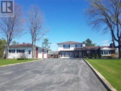 Photo of 606 De La Bergerie Street, L'orignal, Ontario K0B1K0