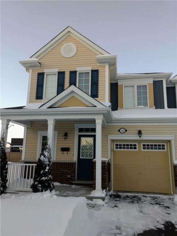 132 Eclipse Crescent, Ottawa, Ontario K4A0W1