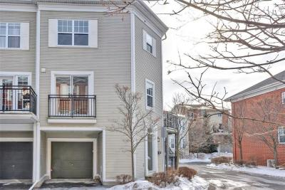 Photo of 9 Kingsbridge Private, Ottawa, Ontario K1K4W7