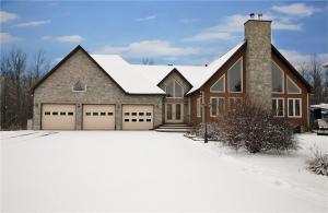 995 Limoges Road, Limoges, Ontario K0A2M0