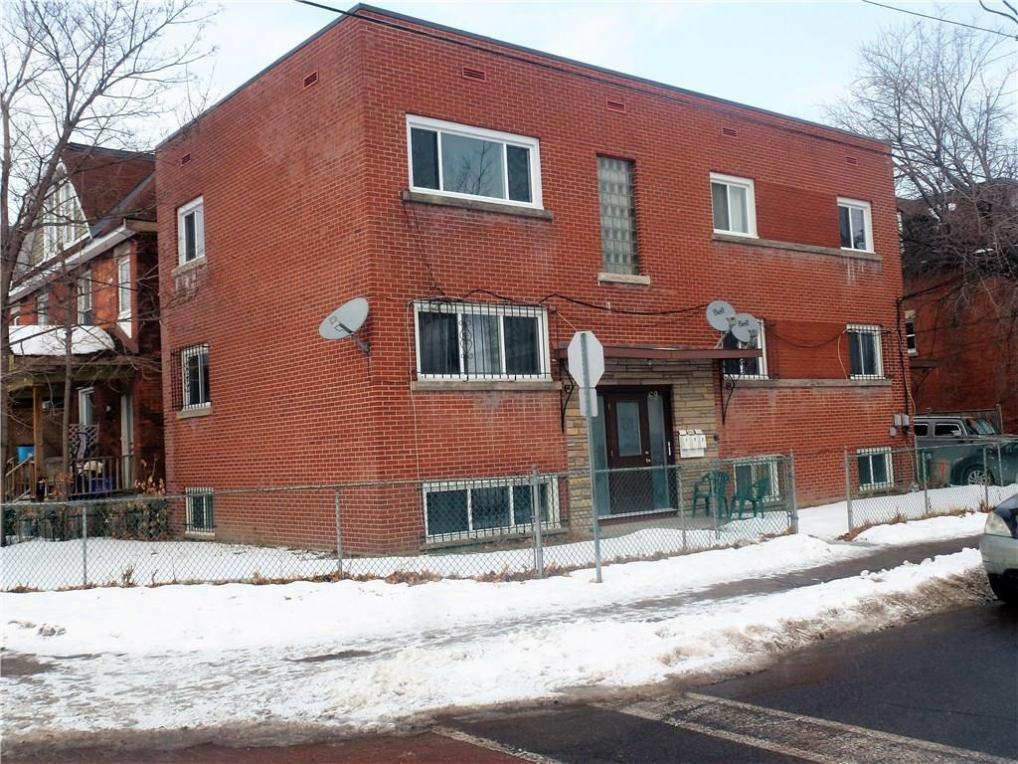 69 Laurel Street, Ottawa, Ontario K1Y3E1