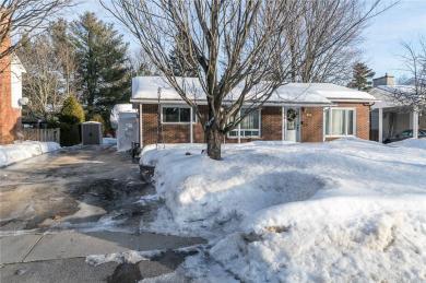 625 Thorne Street, Hawkesbury, Ontario K6A2N8