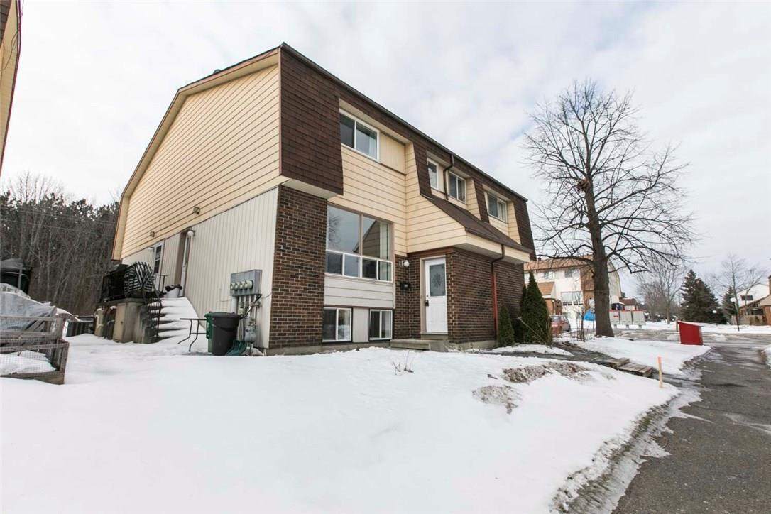 31 Forester Crescent Unit#d, Ottawa, Ontario K2H8Y3