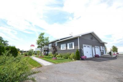Photo of 12555 County 43 Road, Winchester, Ontario K0C2K0