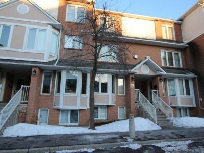 Photo of 1620 Locksley Lane, Gloucester, Ontario K1J1B6