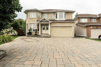Photo of 340 Edgemoore Crescent, Ottawa, Ontario K2W1H8