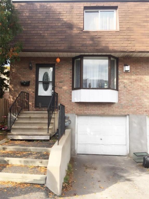 1589 Fortier Street, Ottawa, Ontario K1T1T8