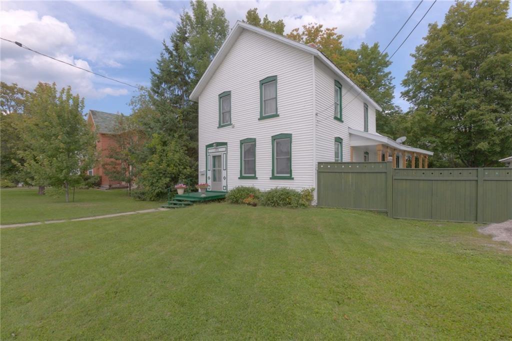 153 Elgin Street W, Arnprior, Ontario K7S1N9