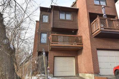 Photo of 71 Mann Avenue, Ottawa, Ontario K1N6Y7