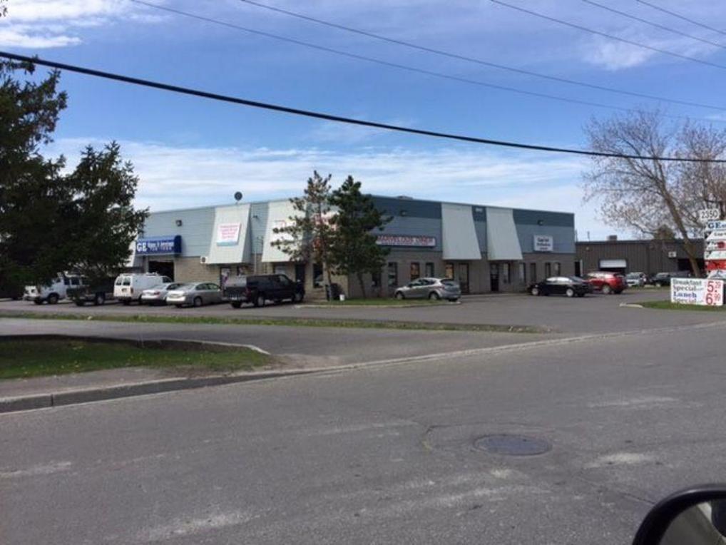 2350 Stevenage Drive Unit#1 & 2, Ottawa, Ontario K1G3W3