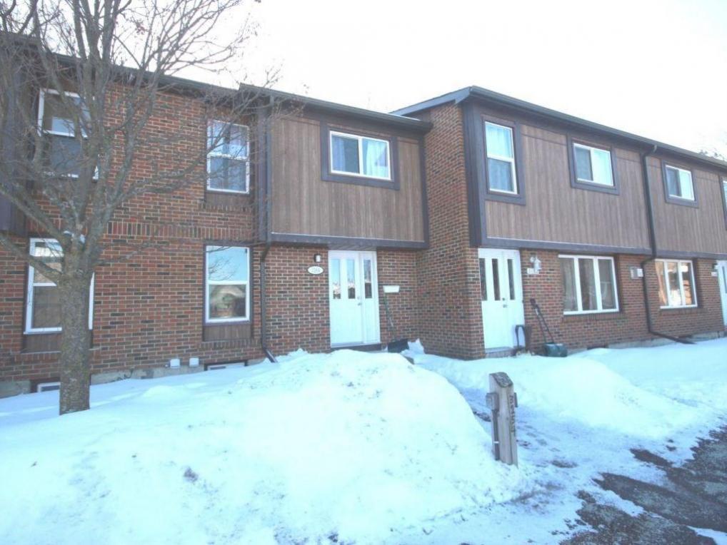 3164 Stockton Drive, Gloucester, Ontario K1T1S1