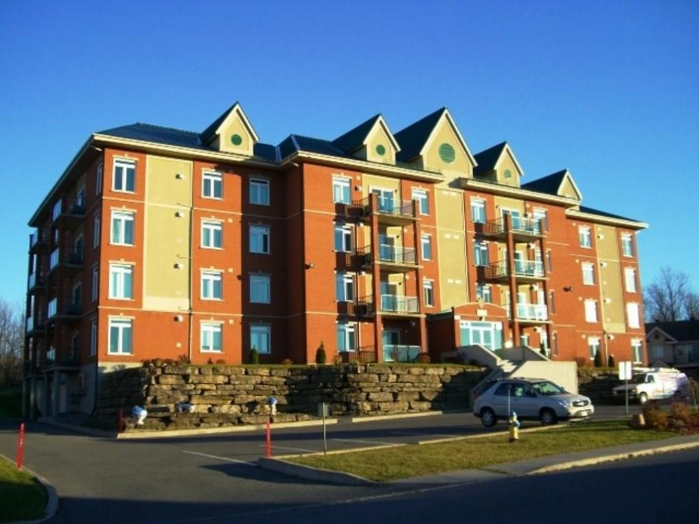 1303 Clement Street Unit#332, Hawkesbury, Ontario K6A3P1