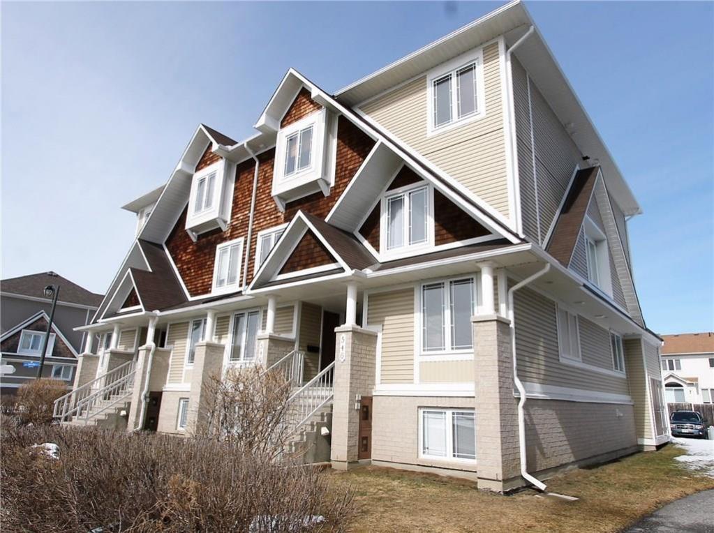 544 Lakeridge Drive, Ottawa, Ontario K4A0H5