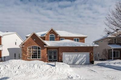 Photo of 6203 Ravine Way, Ottawa, Ontario K1C2V5