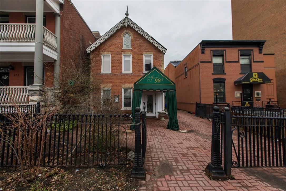 127 York Street, Ottawa, Ontario K1N5T4