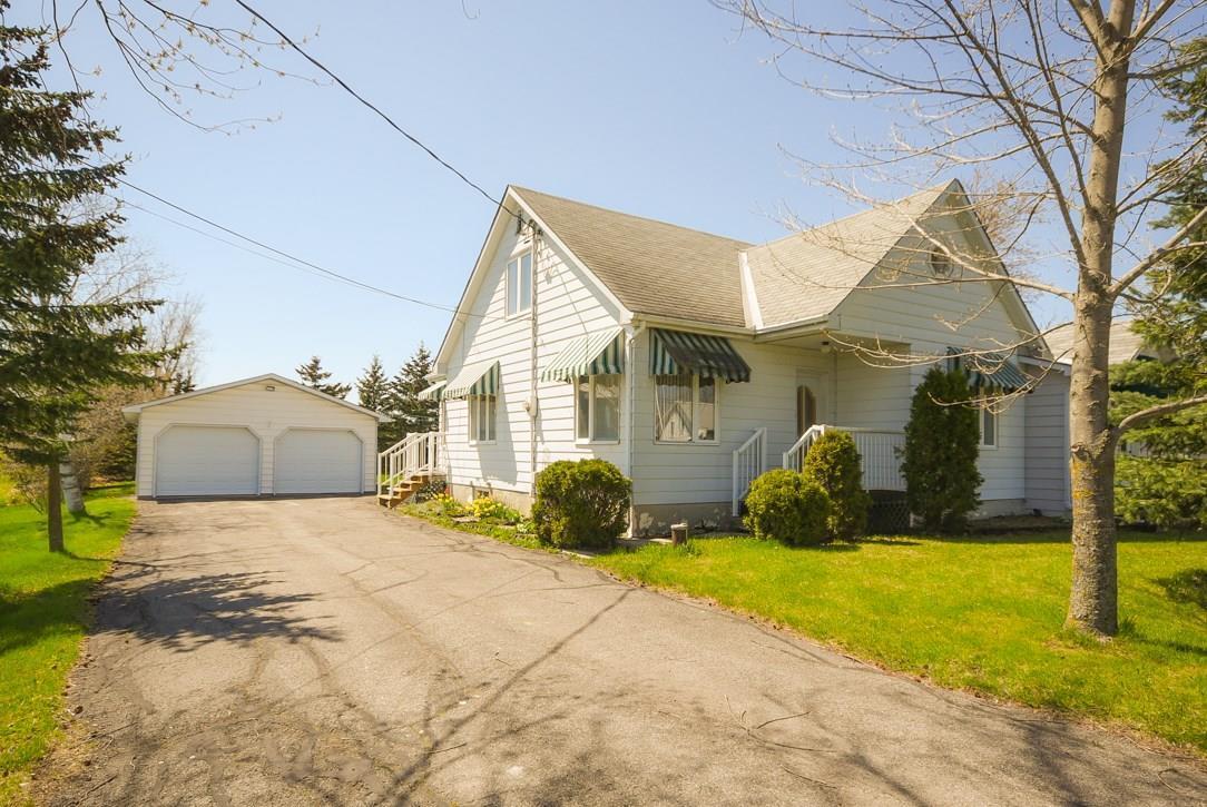 3436 Sarsfield Road, Sarsfield, Ontario K0A3E0