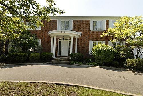1850 Camborne Crescent, Ottawa, Ontario K1H7B7