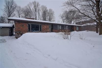 Photo of 2069 Palmer Avenue, Ottawa, Ontario K1H5Y7