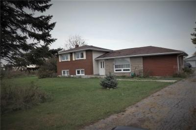 Photo of 1394 Donald B Munro Drive, Carp, Ontario K0A1L0
