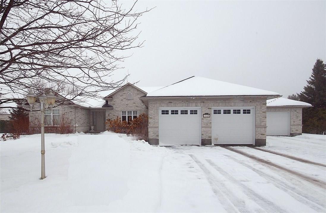 1120 Lena Avenue, Ottawa, Ontario K4M1G2