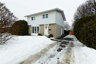1047 Dynes Road, Ottawa, Ontario K2C0H3