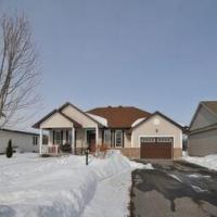 6940 Mary Anne Drive, Ottawa, Ontario K4P0B9