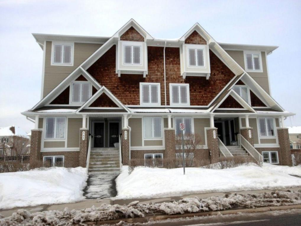 543 Lakeridge Drive, Ottawa, Ontario K4A0H5